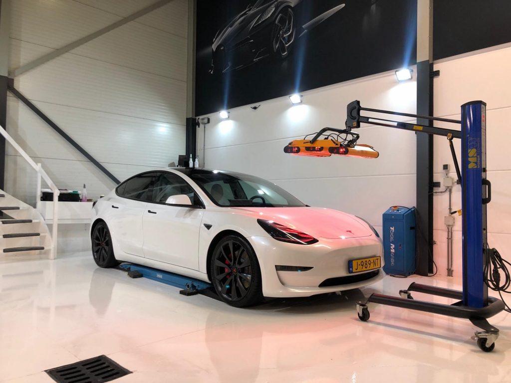 Tesla Model 3 Glascoating lakverzegeling